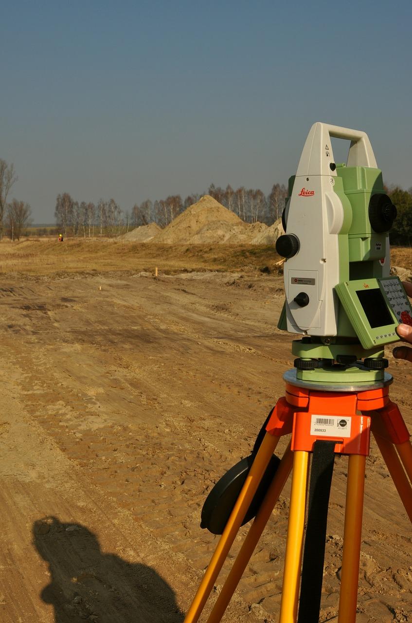 surveyor-585460_1280